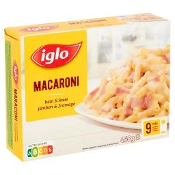 Macaroni au jambon dans une sauce au fromage à grati...