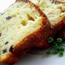 Cake moelleux aux olives en robe de lard,TOUT FRAIS, TOUT PRÊT !,Les 2 cakes de 100 Gr