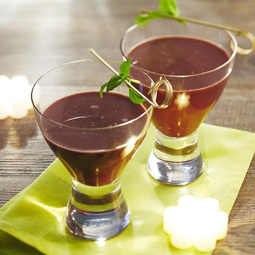 Chocolat glacé à la menthe fraîche