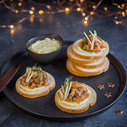 Toasts de tartare de saumon et granny smith