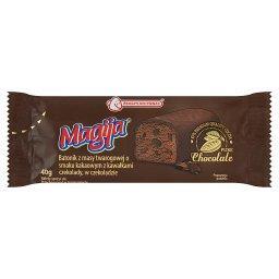 Batonik z masy twarogowej o smaku kakaowym z kawałkami czekolady w czekoladzie