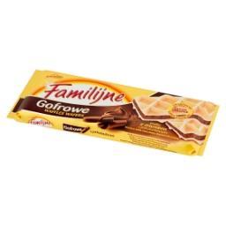 Gofrowe wafle z musem czekoladowym