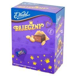 Bajeczny Cukierki orzechowe arachidowe z wafelkami w czekoladzie deserowej
