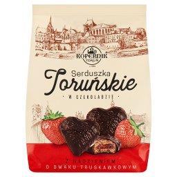 Serduszka Toruńskie w czekoladzie z nadzieniem o smaku truskawkowym