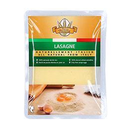 Folhas lasanha com ovo