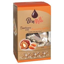 Bombons de chocolate de leite com amêndoa